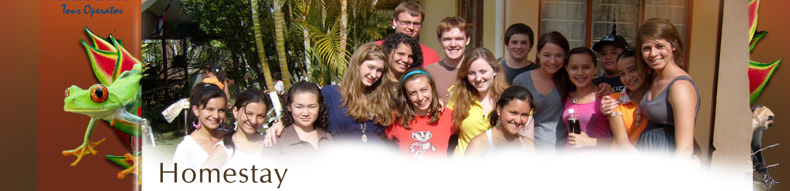 Group consisting of visitor students and their Costa Rican brothers and sisters